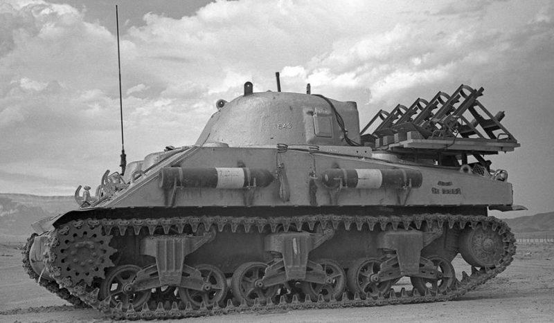 Свинцовый танк «Sherman», использованный в испытаниях «Trinity». Июль 1945 г.