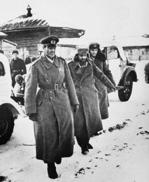 Пленение генерал-фельдмаршала Паулюса в г. Сталинграде. 1943 г.