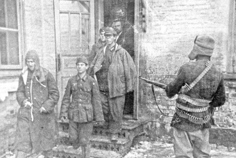 Пленение немцев в Краснодаре. 1943 г.