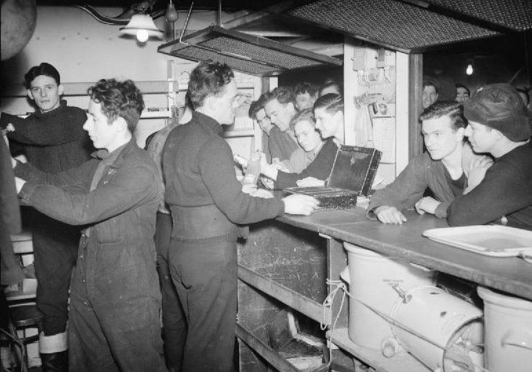 Камбуз HMS «Bellona». Конвой JW-64. Март 1945 г.