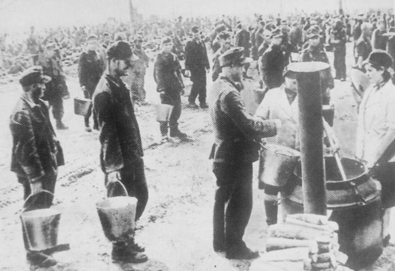 Пленные гитлеровцы на Ходынском поле. Москва, 1944 г.