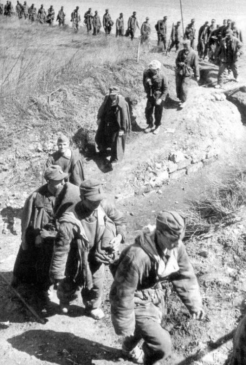 Немецкие военнопленные под Одессой. 1944 г.