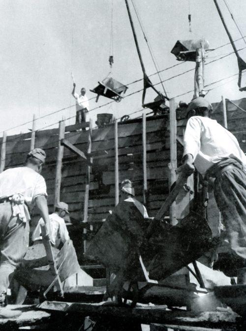 Строительство японскими военнопленными моста в Иркутской области. 1949 г.