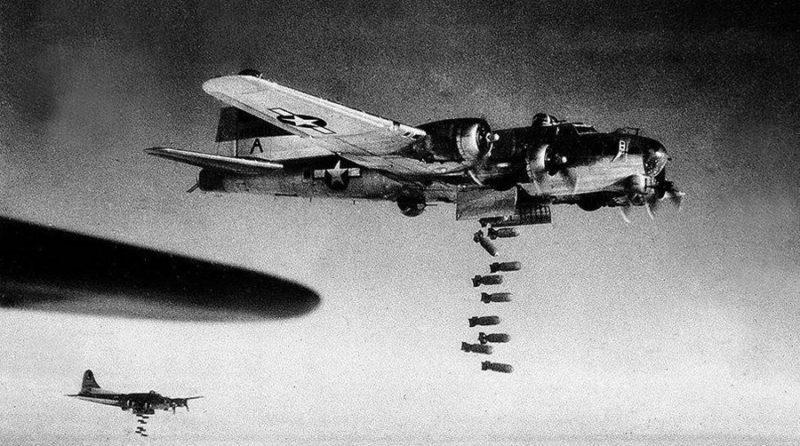 Бомбардировщики Союзников над Дрезденом.