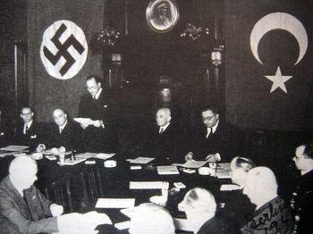 Подписание турецко-германского договора.