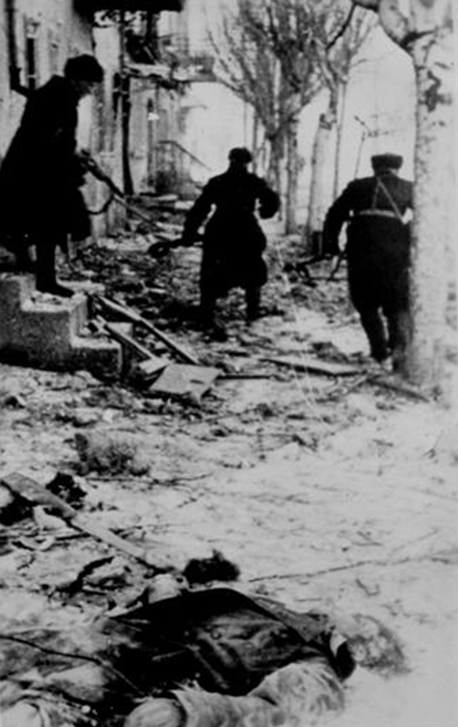 Бои на улицах Феодосии в декабре 1941 года.