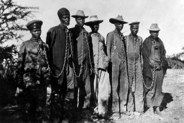 Узники из племени гереро. 1904 год.