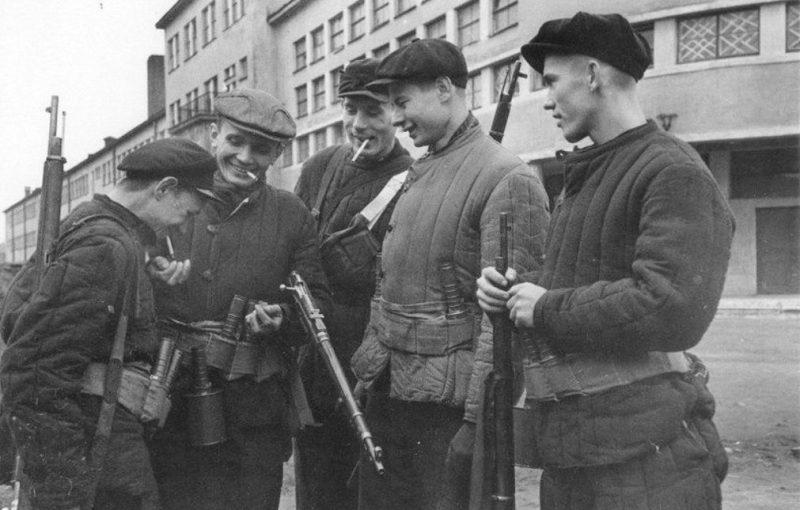 Ополченцы Кировского завода. 1941 г.