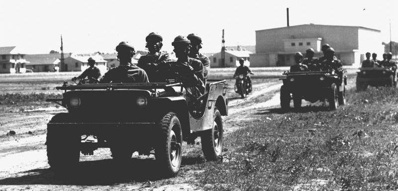 Разведывательные джипы «Бантам» в форте Райли. Май 1941 г.