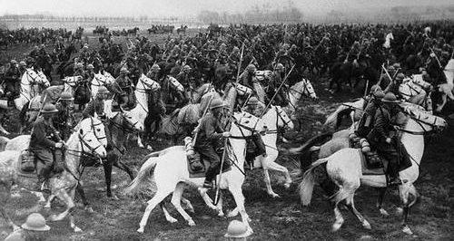 Атака польской кавалерии во время учений. 1939 г.