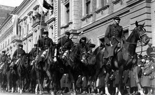 Парад польской армии в Кракове. 1939 г.