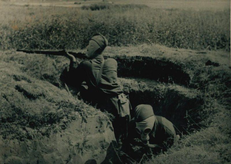 Подразделение народного ополчения на занятиях. Июль 1941 г.