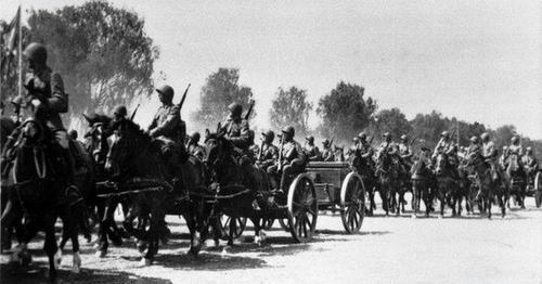 Артиллерийские дивизионы на маневрах. 1939 г.
