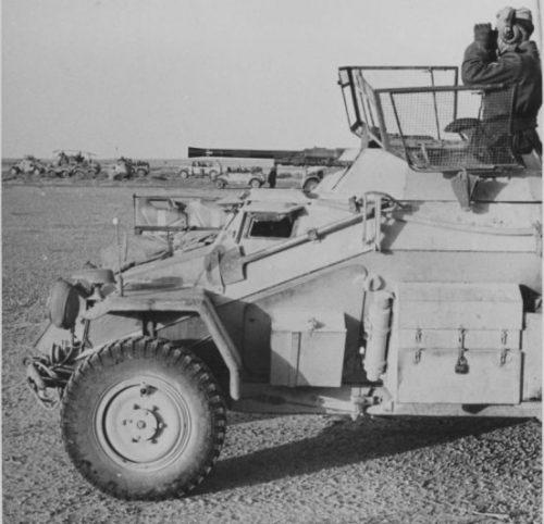 Легкий бронеавтомобиль Sd.Kfz.222 в Ливии. 1941 г.
