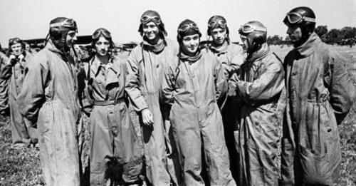 Польские летчики на маневрах. 1939 г.