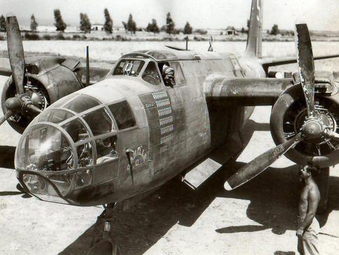 Douglas A-20s Havoc в Тунисе. 1943 г.