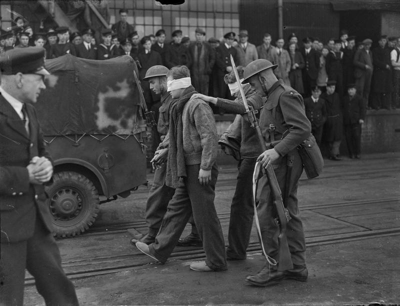 Немецкие подводники, захваченные в плен. 1943-1944 гг.