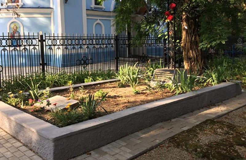 г. Ставрополь. Братская могила воинов на Успенском кладбище, погибших от ран в госпиталях.