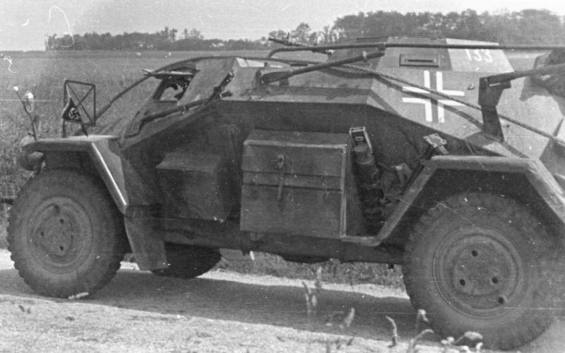Легкий бронеавтомобиль Sd.Kfz. 223 Ausf.B на Восточном фронте. 1941 г.