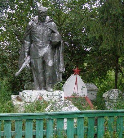 с. Викторовка Черниговского р-на. Могила неизвестного воина и памятный знак погибшим односельчанам, установленный в 1954 году.