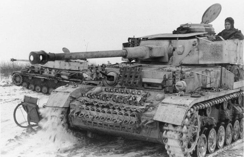 Танки Pz.Kpfw. IV под Витебском. Декабрь 1943 г.