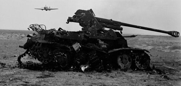 Подбитая САУ Мардер III в Тунисе. 1943 г.