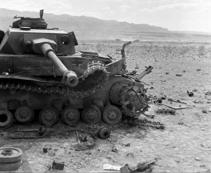 Танки Pz.Kpfw. IV, подбитые в Тунисе. 1943 г.