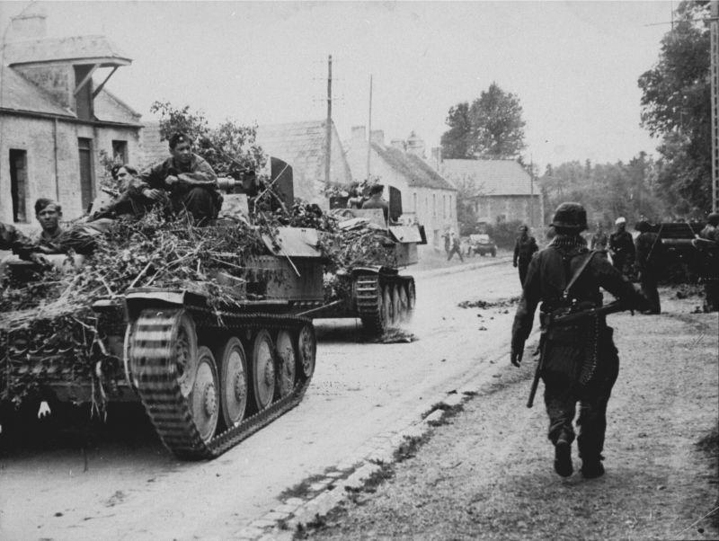 ЗСУ Flakpanzer 38(t) в Нормандии. Июнь 1944 г.