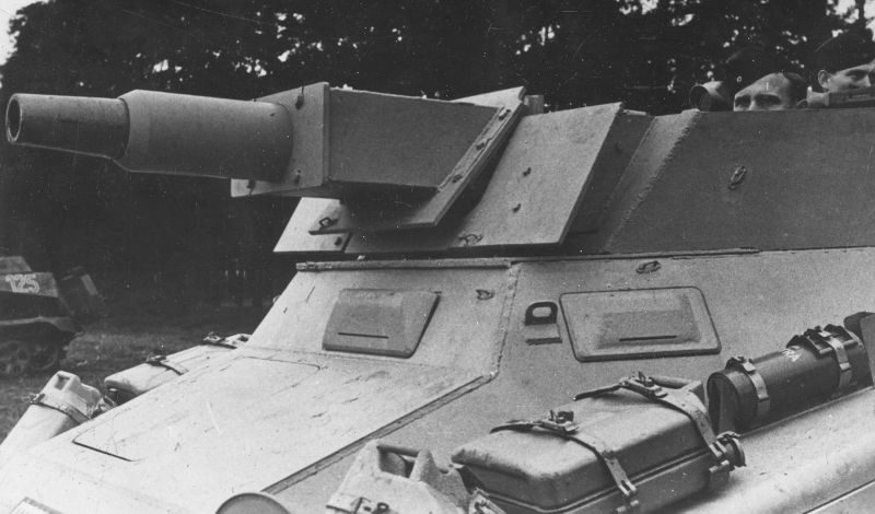 Тяжелый бронеавтомобиль Sd.Kfz. 234/3 на полигоне. Октябрь 1944 г.