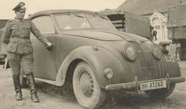 Седан «Adler Typ 10» во Франции. 1940 г.