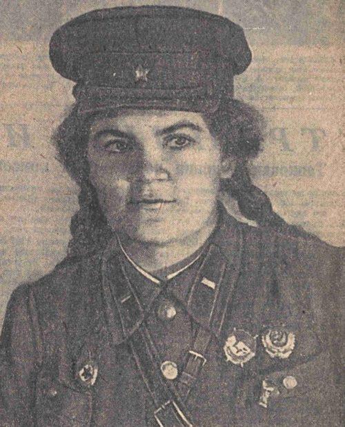Гвардии капитан Крылова Вера Петровна.