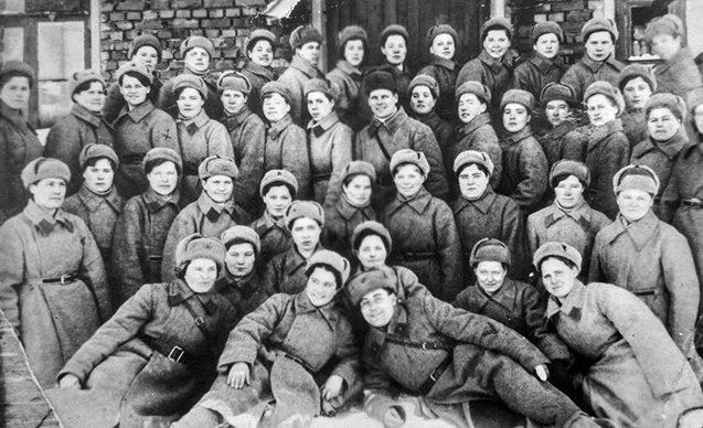 Бойцы 1-го взвода 1-й роты 2-го батальона. 1943 г.