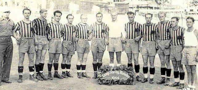 Футбольная команда в Кэмп-Шелби. 1944 г.