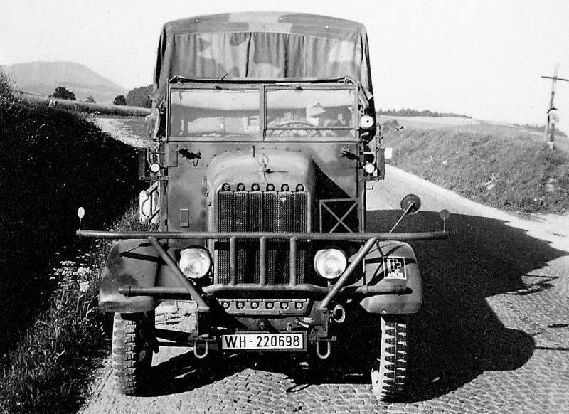 Трехосный грузовик «Henschel-33 G1». Чехословакия, 1939 г.