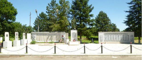 ст-ца. Беломечетская Кочубеевского р-на. Братская могила воинов, погибших в годы войны.