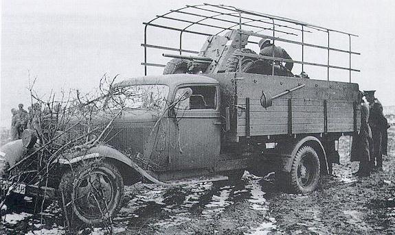 Бортовой грузовик «Opel Blitz 3.5-134/157» в Бельгии. 1940 г.
