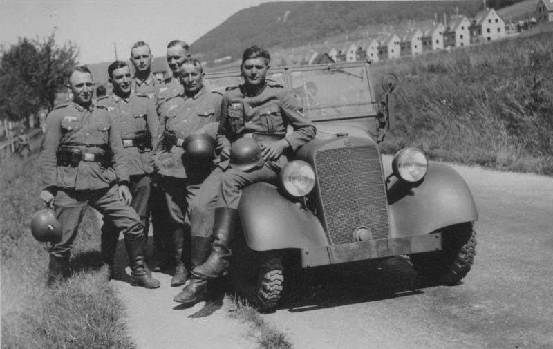 Автомобиль «Mercedes-Benz 170-VK» в оккупированной Франции. 1940 г.
