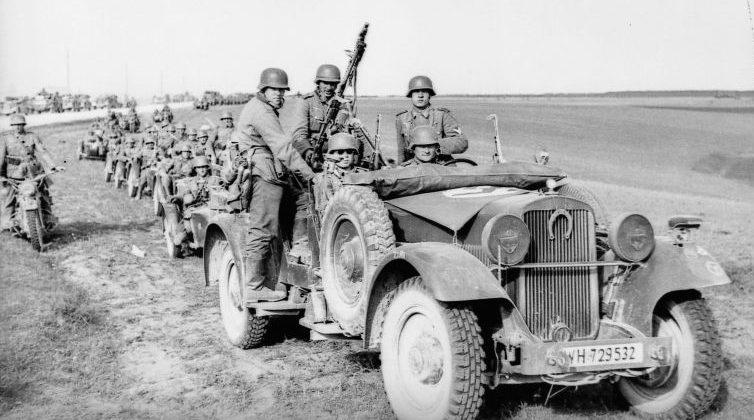 Автомобиль «Wanderer W-11» на Восточном фронте. Июнь 1941 г.