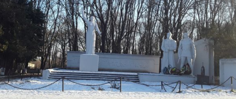 ст-ца. Бекешевская Предгорного р-на. Памятник жителям станицы, погибшим в годы войны.