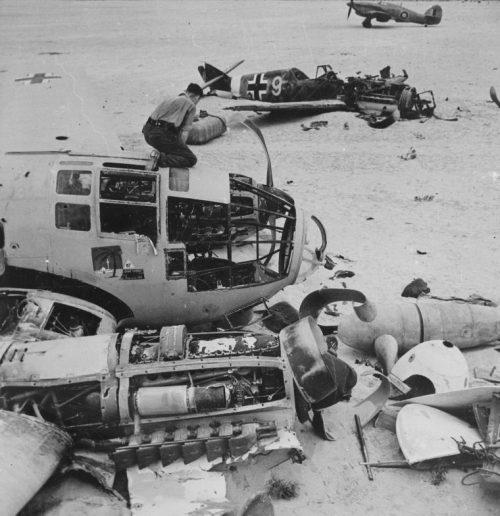 Немецкий аэродром, захваченный англичанами в Египте. 1942 г.