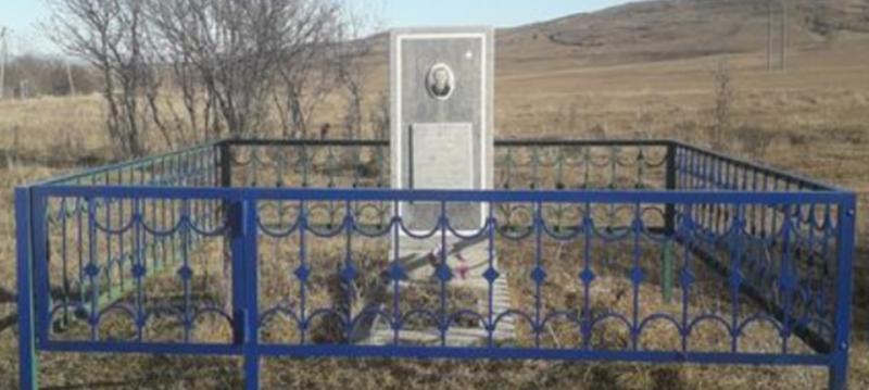 с. Надежда Шпаковского р-на. Памятник воинам, погибшим при освобождении села.