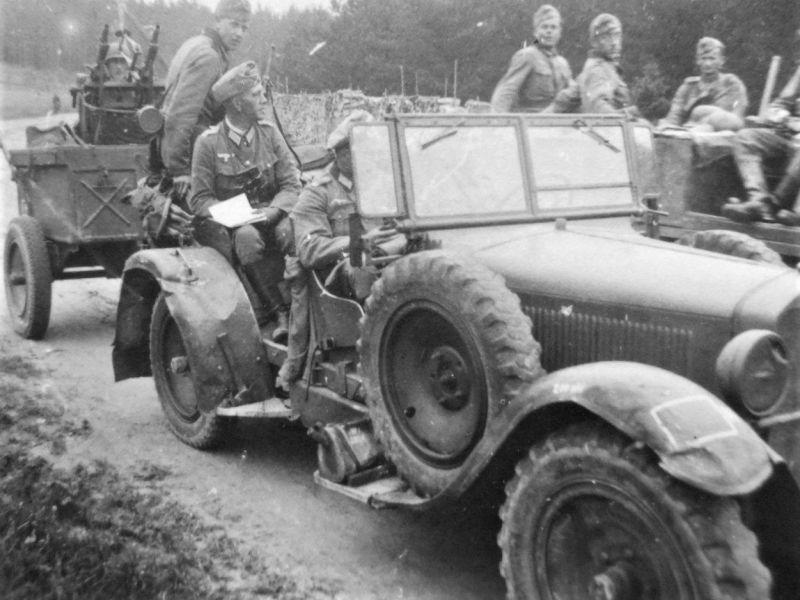Кюбельваген «Мercedes-Benz 260 Stuttgart» на Восточном фронте. 1942 г.