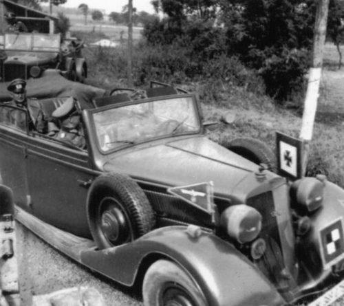 Штабной легковой автомобиль «Horch 830 BL Pullman Cabriolet». 1943 г
