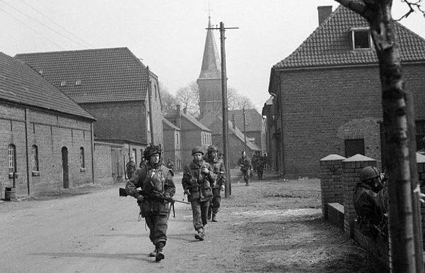 Британские десантники в Хамминкельне.