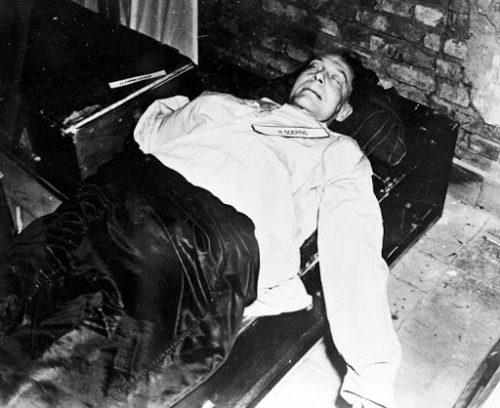 Труп Германа Геринга. 16 октября 1946 г