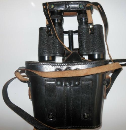 Бинокль Hensoldt 6x30 с кожаным кофром.