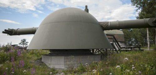 Дальномер Em 10,5m в бронированной башне для орудий 28 cm SK C/34 в форте Austrått в Эрланде, Норвегия.