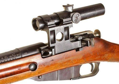 Снайперская винтовка СВМ-91/30 с оптическим прицелом ПУ с кронштейном бокового крепления.