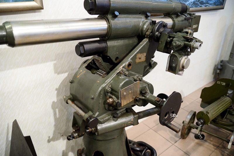 Прицел ШБ-1М на 45-мм орудии 21-К.