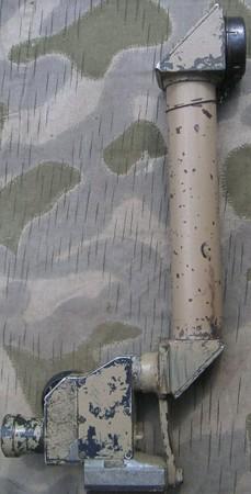 Оптический прицел Zielfernrohr 12 с удлиненной трубой для пулемета MG 08.